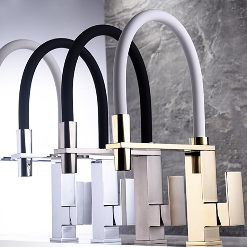 Watermark Gold/Black Square Solid Brass Pull-out Kitchen Faucet