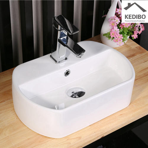 Oval Ceramic Bathroom Basin With Faucet Hole 7023
