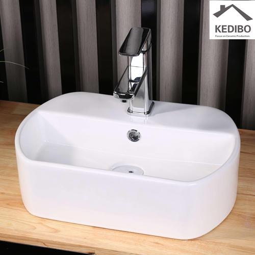 Oval Ceramic Bathroom Basin With Faucet Hole 7023