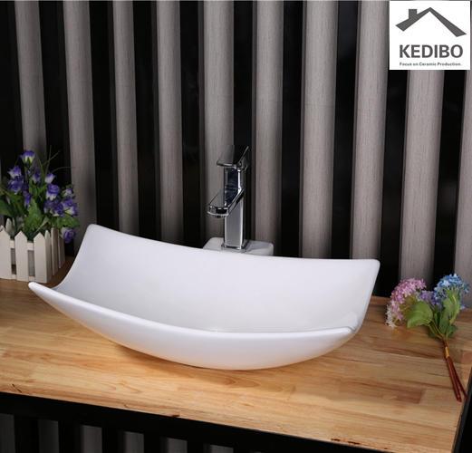 580x380 Special Design Art Bathroom Ceramic Counter Top Basin 7078