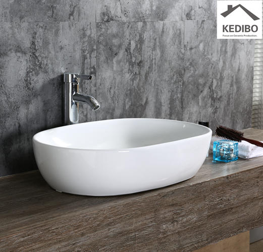 580x400 Oval Bathroom Ceramic Wash Basin Sink 7100D